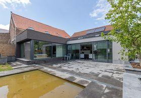 Buitengewoon huis te koop in Haren