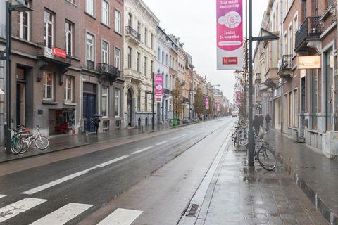 Commerce individuel à louer a Louvain
