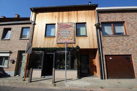 Commercial groundfloor for rent in Sterrebeek
