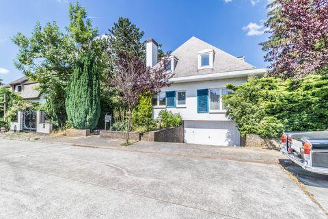Villa for sale in Sterrebeek